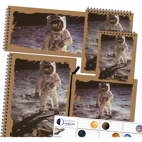 Set of notepads and stickers - astronaut